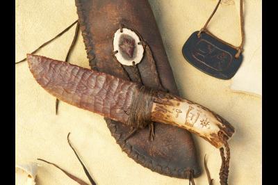 Couteau à lame en silex «Le guerrier» de style Tang Knives Texas